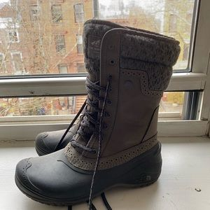 NORTH FACE WOMEN SNOW BOOTS